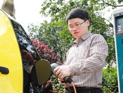 长株潭地区今年将建一万个电动汽车充电桩