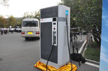 大连今年再建1100个电动汽车充电桩