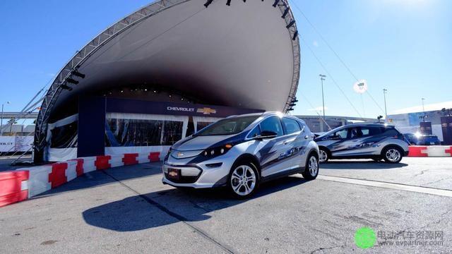 雪佛兰发布最新款纯电动车Bolt 续航里程达200英里高清图片